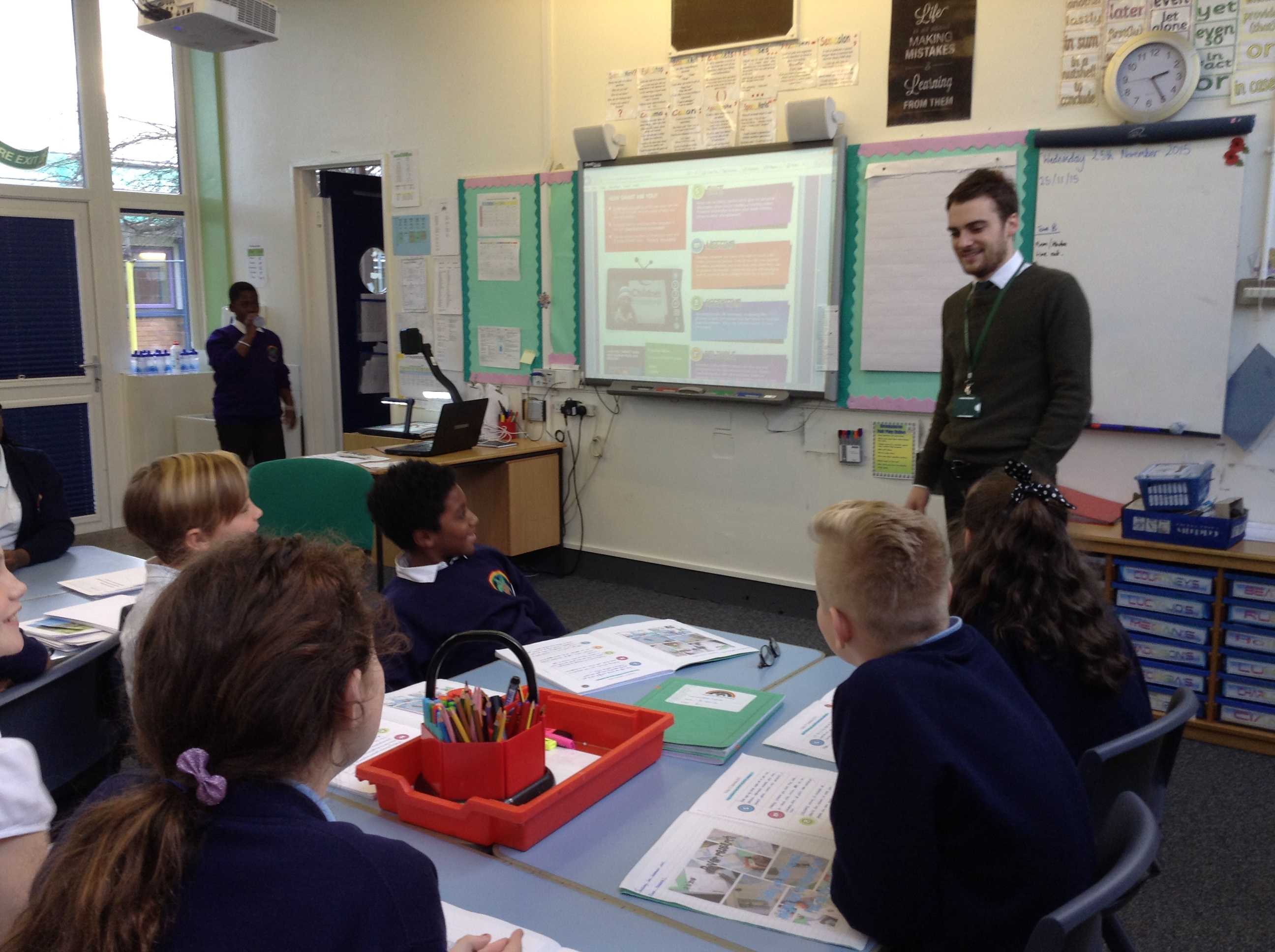 Here is Mr Silva teaching his Year 6 children all about the importance of being safe whilst exploring the Internet.